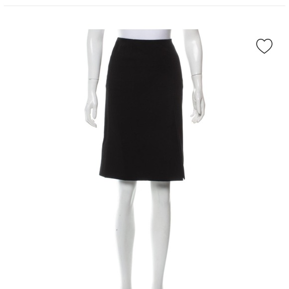 Marc Jacobs Dresses & Skirts - Marc Jacobs pencil skirt knee length